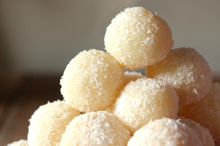 Coconut Ladoo Recipe – Diwali Special