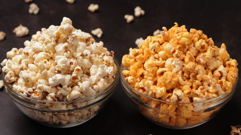 Popcorn 2 Ways – Cheese Popcorn and Butter Popcorn